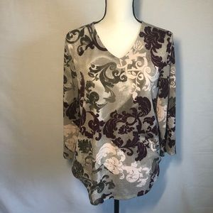 CHICO'S TOP  size 8